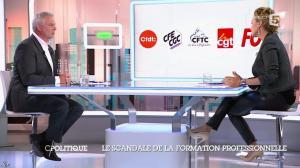 Caroline Roux dans C Politique - 19/10/14 - 046