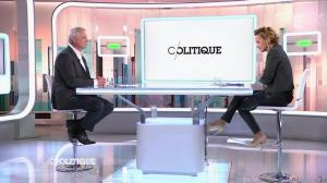 Caroline Roux dans C Politique - 19/10/14 - 061
