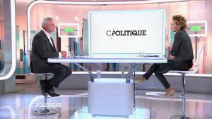 Caroline Roux dans C Politique - 19/10/14 - 062