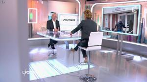 Caroline Roux dans C Politique - 19/10/14 - 065