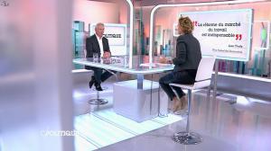 Caroline Roux dans C Politique - 19/10/14 - 074