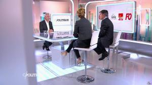 Caroline Roux dans C Politique - 19/10/14 - 079