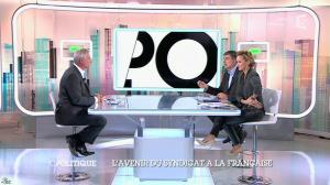 Caroline Roux dans C Politique - 19/10/14 - 085