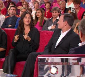 Cristiana Reali dans Vivement Dimanche - 28/09/14 - 06