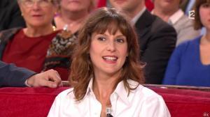 Elodie Navarre dans Vivement Dimanche Prochain - 19/10/14 - 03