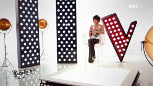 Jenifer Bartoli dans The Voice Kids - 06/09/14 - 04