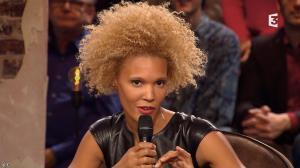 Amanda Scott dans Du Cote de Chez Dave - 08/11/15 - 02