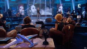 Amanda Scott dans Du Cote de Chez Dave - 08/11/15 - 04