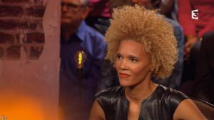 Amanda Scott dans Du Cote de Chez Dave - 08/11/15 - 12