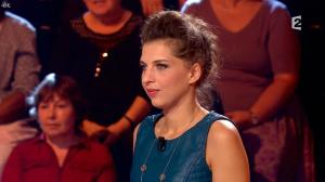 Amandine Bourgeois dans Pop Show - 03/10/15 - 02