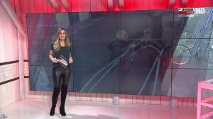 Amélie Bitoun dans un Jour aux Courses - 05/12/16 - 03