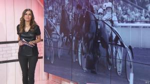 Amélie Bitoun dans un Jour aux Courses - 22/11/16 - 24