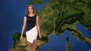Fanny Agostini à la Météo de BFM TV - 25/11/16 - 01