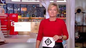 Anne-Elisabeth Lemoine dans C à Vous - 08/11/17 - 01