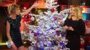 Caroline Ithurbide et Justine Fraioli dans le Grand Bêtisier de Noël - 18/12/17 - 04