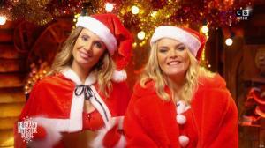 Caroline Ithurbide et Justine Fraioli dans le Grand Bêtisier de Noël - 18/12/17 - 19