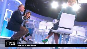 Caroline Roux dans C dans l'Air - 19/10/17 - 02