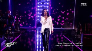Jenifer Bartoli dans The Voice Kids - 30/09/17 - 09