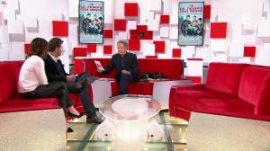 Noemie Elbaz dans Vivement Dimanche - 19/11/17 - 07