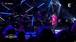 Nolwenn Leroy dans Ensemble pour les Antilles - 19/09/17 - 01