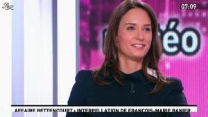 Julia Vignali dans la Matinale - 13/12/11 - 01