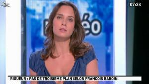 Julia Vignali dans la Matinale - 16/11/11 - 02