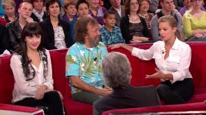 Virginie Efira dans Vivement Dimanche Prochain - 12/12/11 - 06