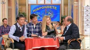 Adriana Volpe dans I Fatti Vostri - 11/10/11 - 104