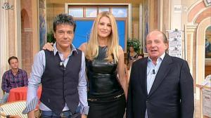Adriana Volpe dans I Fatti Vostri - 11/10/11 - 109