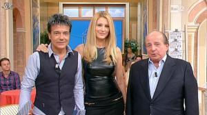 Adriana Volpe dans I Fatti Vostri - 11/10/11 - 111