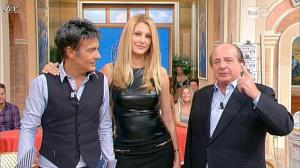 Adriana Volpe dans I Fatti Vostri - 11/10/11 - 113