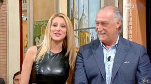 Adriana Volpe dans I Fatti Vostri - 11/10/11 - 116