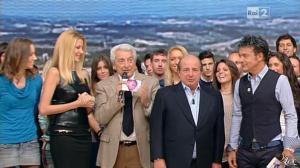 Adriana Volpe dans I Fatti Vostri - 11/10/11 - 15