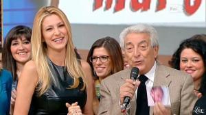 Adriana Volpe dans I Fatti Vostri - 11/10/11 - 16