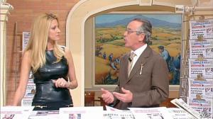 Adriana Volpe dans I Fatti Vostri - 11/10/11 - 32