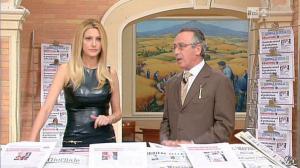 Adriana Volpe dans I Fatti Vostri - 11/10/11 - 36