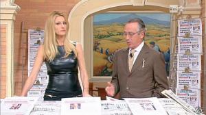Adriana Volpe dans I Fatti Vostri - 11/10/11 - 41