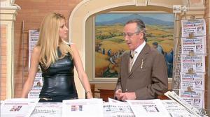 Adriana Volpe dans I Fatti Vostri - 11/10/11 - 42