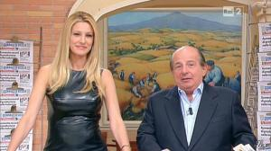 Adriana Volpe dans I Fatti Vostri - 11/10/11 - 54