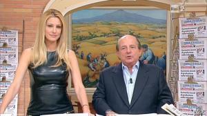 Adriana Volpe dans I Fatti Vostri - 11/10/11 - 55