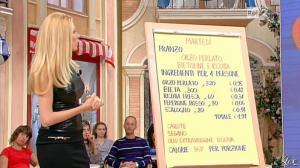 Adriana Volpe dans I Fatti Vostri - 11/10/11 - 61