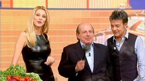 Adriana Volpe dans I Fatti Vostri - 11/10/11 - 69