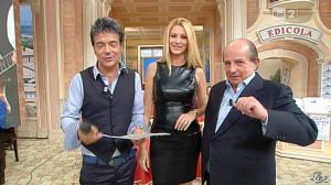 Adriana Volpe dans I Fatti Vostri - 11/10/11 - 78