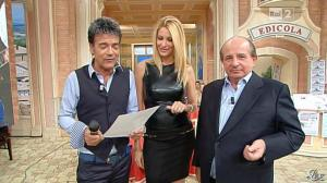 Adriana Volpe dans I Fatti Vostri - 11/10/11 - 80