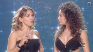 Barbara d'Urso et Raffaella Fico dans Baila - 26/09/11 - 09