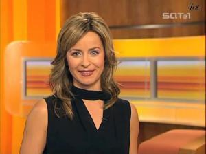 Bettina Cramer dans Blitz - 04/11/04 - 02