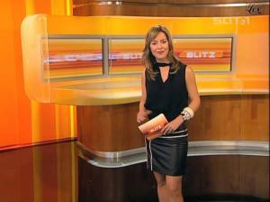 Bettina Cramer dans Blitz - 04/11/04 - 23