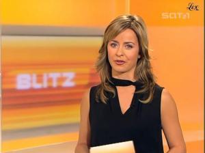 Bettina Cramer dans Blitz - 04/11/04 - 27