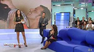 Caterina Balivo dans Pomeriggio Sul Due - 19/10/10 - 04