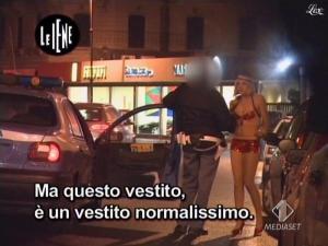 Elena Di Cioccio dans le Iene - 02/12/08 - 18